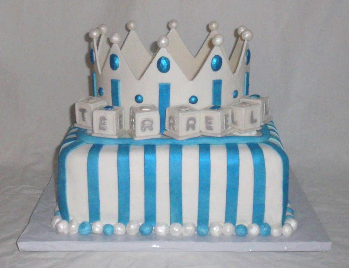 Baby Shower Crown For Boy Fondant Cake Front