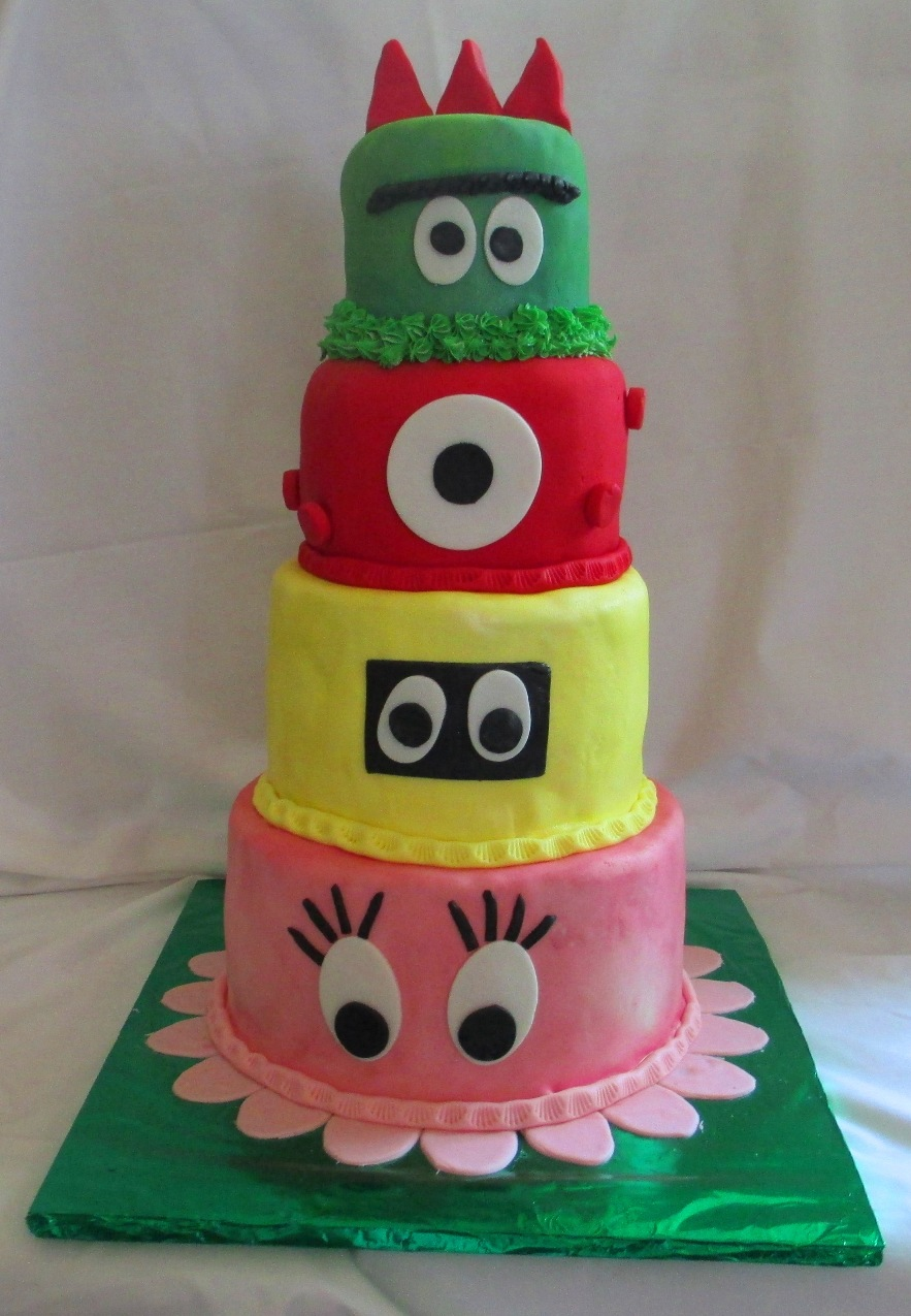 Yo Gabba Gabba Fondant Birthday Cake main view